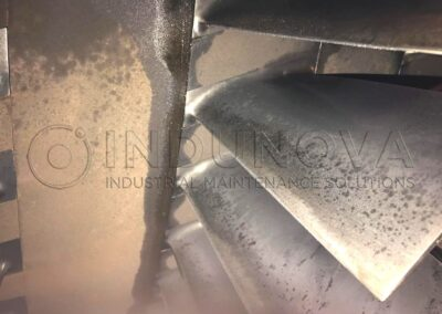 Limpieza criogénica en álaves de turbina de gas