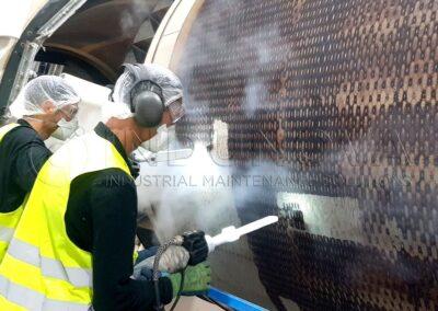 Limpieza criogénica en exterior tambor secador fibras industrial