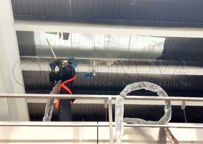 Limpieza postincendio en nave industrial