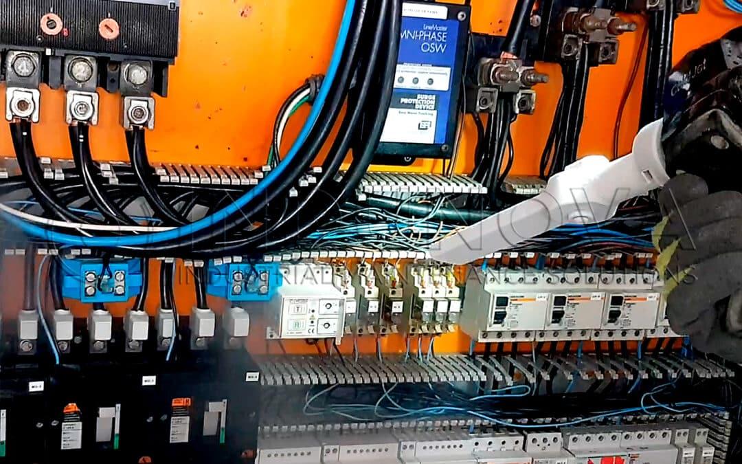 Limpieza criogénica en cuadros eléctricos